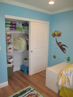 Aliso Viejo, CA - 2 Panel, 2 Track Closet Doors w/ Hollow Core Cambridge Smooth Panels to finish off this adorable children's room!  In the process of creating the perfect room for your kid(s)?? The Classic Team can have Shutters, Blinds & Closet Doors installed to fit the style of the room thanks to the variety of customizable options we offer.  Contact us to get started on your next home improvement project! (866) 567-0400 http://www.chiproducts.com/contact-us/