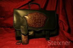 21be0c9d2510 A(z) TÁSKÁK / Traditional bags,Briefcase,Bagpack nevű tábla 59 ...