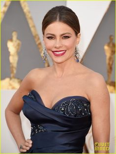 Sofia Vergara Arrives for Oscars 2016 Sans Joe Manganiello: Photo #3591824. Sofia Vergara is a blue beauty while making her big arrival at the 2016 Academy Awards held at the Dolby Theatre on Sunday (February 28) in Hollywood.     The 43-year-old…