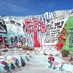 salvation mountain : sincerely hana on We Heart It.