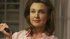 Mary Alice Young Desperate Housewives, Brenda Strong, Felicity Huffman, Female Stars, Beautiful Voice, Drama Series, Loneliness, Wisteria, Housewife