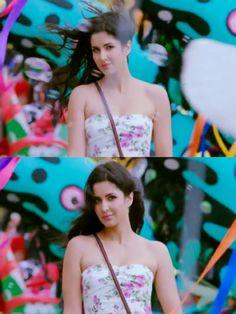 Katrina Kaif in Ek Tha Tiger Bollywood Cinema, Bollywood Actress, English Actresses, Actors & Actresses, Stunningly Beautiful, Beautiful Women, Sonakshi Sinha Saree, Mickey Mouse Quilt, Ek Tha Tiger