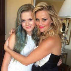 Reese Witherspoon and Beautiful Daughter Ava Are Practically Twins (Minus the Teen's Blue Hair): See Their Red Carpet Looks! | E! Online Mobile