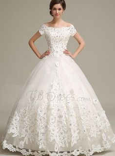 Can t afford it get over it an allure ing lace gown for under 500