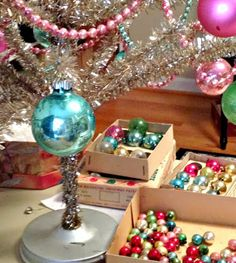 Bella Rosa Antiques: Rockin' Around Our Vintage Christmas Tree