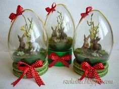 Easter Egg Crafts, Easter Projects, Easter Eggs, Egg Designs, Flower Designs, Diy Resin Crafts, Diy And Crafts, Christmas Art, Christmas Ornaments