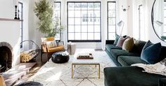 10 Mistakes That Look When Decorating Your Room-Home Interior Design Advice Rugs In Living Room, Home And Living, Living Room Designs, Living Room Decor, Living Spaces, Living Room Windows, Interior Design Advice, Home Interior, Scandinavian Interior