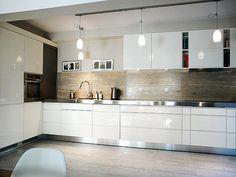 http://www.simo.pl/kuchnie-nowoczesne.php