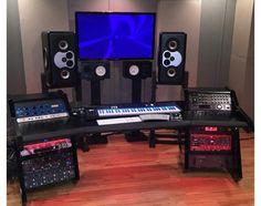 Luxury Home Studio Desk Design