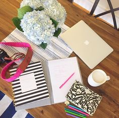 Dominate some spring scheduling with a cup of coffee, a super chic hibiscus Fotostrap, and oh-so-reliable day designer.