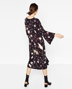 New Collection Online September Outfits, Zara Dresses, Kimono Fashion, Dress Collection, Casual Looks, Kimono Style, Cold Shoulder Dress, Style Inspiration, My Style