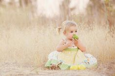 dried grass outdoor photo
