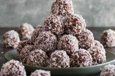 Rychlé a křehoučké taštičky – Snadné Recepty Krispie Treats, Rice Krispies, Coco, Chocolates, Rum, Herbs, Desserts, Grasses, Bonbon