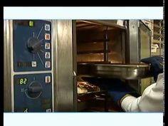Como o Glúten causa a Doença Celíaca? - Vídeo 2. Outras informações sobre uma Vida sem Glúten você confere no Blog do Empório Ecco: https://www.emporioecco.com.br/blog/dieta-sem-gluten/