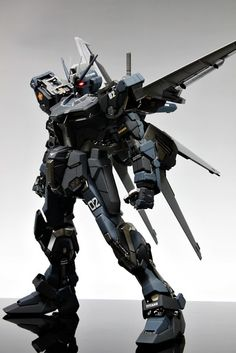 GUNDAM GUY: PG 1/60 GAT-X105 Strike Gundam Titans - Painted Build