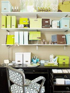 How to Organize Files When you develop a system to manage paper influx, it's easy to stay in control. See how to organize files and important documents, plus learn the good habits that will help you tame the paper tiger, permanently.