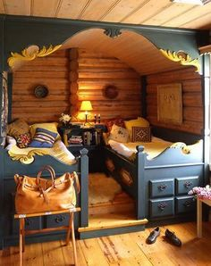 A fun room!  Image from http://willowdecor.blogspot.com/2008/11/built-in-beds_16.html