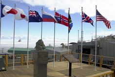 Website about the McMurdo station in Antarctica