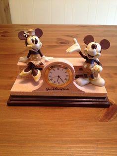 Disney World Mickey Minnie desk clock