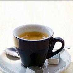 Detox dalla caffeinaTra i divieti della dieta del supermetabolismo figura l'assunzione di caffeina, che per molte sarà uno degli ostacoli più ardui da superare. In realtà, come spiega l'autrice