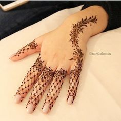 362.1k Followers, 35 Following, 1,811 Posts - See Instagram photos and videos from First And Original Henna Page (@hennainspire)