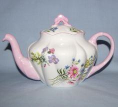 Shelley Wild Flowers small teapot (Dainty) -