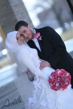 Cute and Romantic Photos Of Muslim Couples - Islam for Muslims - Nigeria Bridal Hijab, Muslim Wedding Dresses, Hijab Bride, Muslim Brides, Wedding Gowns, Muslim Women, Wedding Hijab, Bridal Dresses, Wedding Pics