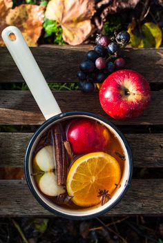 Autumn. Autumn food photography. Apple. Cinnamon.