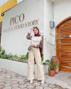 Street Hijab Fashion, Muslim Fashion, Fashion Outfits, Casual Hijab Outfit, Cute Casual Outfits, Blazer Outfits For Women, Hijab Fashion Inspiration, Korean Outfits, Caftan Marocain