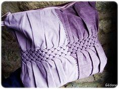 Faire un tressage sur un tissu avec des points de couture : brillant ! By Gédane