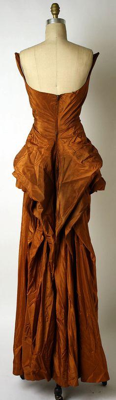 Dress, Evening.  Elsa Schiaparelli (Italian, 1890–1973).  Date: ca. 1949. Culture: French. Medium: silk. Dimensions: Length at CB: 53 1/2 in. (135.9 cm).