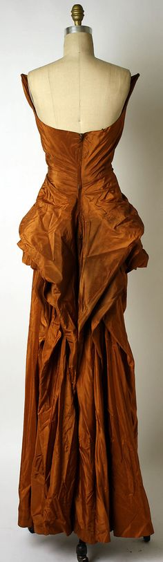 Dress, Evening.  Elsa Schiaparelli  (Italian, 1890–1973).  Date: ca. 1949. Culture: French. Medium: silk. Dimensions: Length at CB: 53 1/2 in. (135.9 cm).