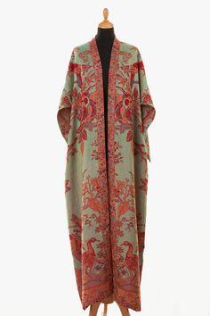 Long bridal robe Long white robe Wedding kimono Long lace bridal robe Kimono robe Maxi robe Bride robe Bridal kimono Bridal gown dressing – – Best Of Likes Share Abaya Fashion, Kimono Fashion, Boho Fashion, Vintage Fashion, Womens Fashion, Fashion Design, Fashion Scarves, 1950s Fashion, Punk Fashion