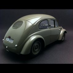 http://selectionrs.com/34143-thickbox_default/porsche-typ-60-volkswagen-v3-1936-grey-1-18-bos-193765-selection-rs-collection-auto.jpg