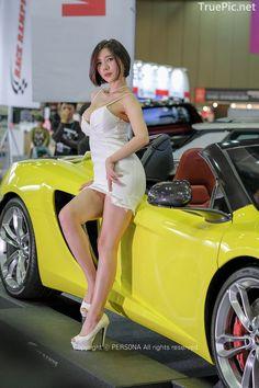 Curvy Women Fashion, Asian Fashion, Sexy Asian Girls, Beautiful Asian Women, Amazing Women, Pin Up, Pernas Sexy, Asian Model Girl, Toddler Girls