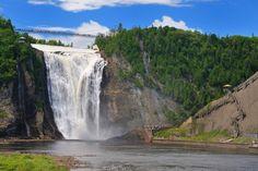 Les chutes de Montmorency au Québec, Canada Baie St Paul, Chute Montmorency, Canada, Suspension Bridge, Quebec City, Alaska, Waterfall, Places To Visit, Nature