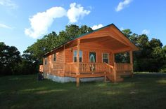 Front of the Hideaway - The Hideaway-Secluded luxury cabin with hot tub -  - rentals