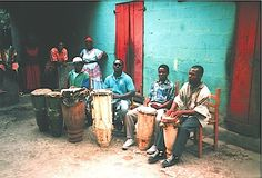 Voodoo Drums – Drummers Of The Societe Absolument Guinin (Haiti) | Sounds of the Universe