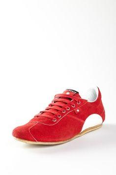 hot kicks