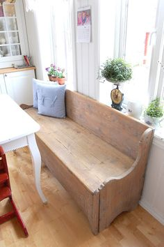 Wooden Bench Plans With Storage - WoodWorking Projects & Plans