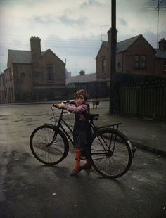 Girl with the bicycle  photo by Evelyn Hofer, Dublin, 1966via: firsttimeuser
