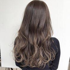 【2018春版】ロングだけど重くない!モテ必須の透け感ロングカタログ25選 | myreco(マイリコ) Hc Hair, Long Curly, Curled Hairstyles, Hair Highlights, Hair Goals, Hair Inspiration, Curls, Hair Makeup, Hair Cuts