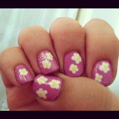 Flower nails for Spring!