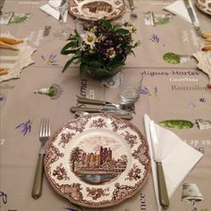 Do It Yourself Home, Table Settings, Table Decorations, Furniture, Home Decor, Decoration Home, Room Decor, Place Settings, Home Furnishings