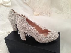 Handmade Pearl White / ivory lace Thick Heel wedding shoes leather Pearl beads Bridal shoes Bridal flat heel shoes Bridesmaids shoes