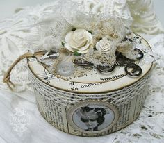 Shabby Chic Inspired: trinket box out of cardboard from roll of tape!