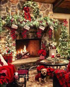 33 Luxury Christmas Fireplace Decor Ideas – The Best DIY Outdoor Christmas Decor Diy Christmas Fireplace, Christmas Room, Cozy Christmas, Outdoor Christmas, Diy Christmas Gifts, Rustic Christmas, Beautiful Christmas, Christmas Holidays, Christmas Wreaths