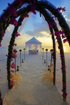 Say hello to your dream wedding! #VisitMaldives #Travel #Exclusive #BucketLists #DreamComeTrue