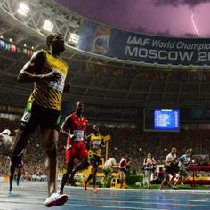 How did photographer Olivier Martin snap this incredible shot of Usain Bolt? Find out, plus more of our favorite pix from around the web.