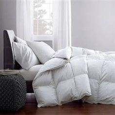 Queen sized fluffy goose-down duvet insert and a few thick pillows in all  white 9ba2cd047